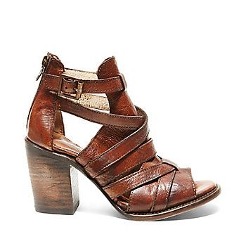 CLAW Freebird by Steve Madden