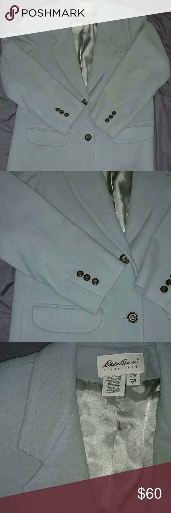 EDDIE BAUER Cool Mint Oversize Blazer Cool mint, vintage, over-sized blazer with tortoise style buttons. Winged collar with silk lining. 100% wool! Super warm! AWESOME CONDITION!! Great over a neutral outfit with dark accents. Let me know if you have any questions 😀 Eddie Bauer Jackets & Coats Blazers