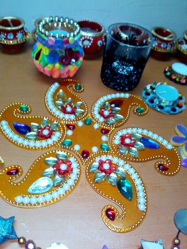 17 best images about rangoli decorated candel tray etc for Aarti thali decoration with kundan
