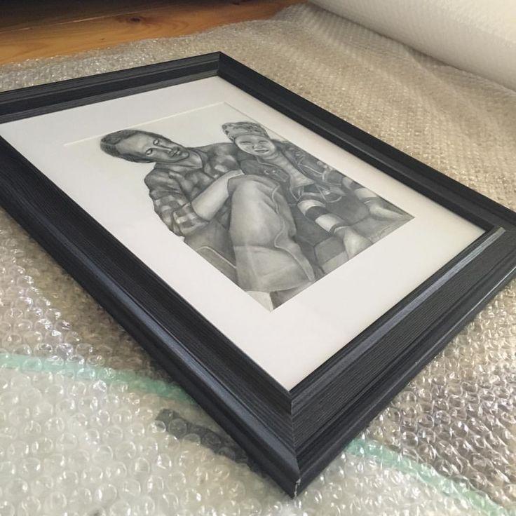 "- a r t i s t //ashley knott// 🌿 (@thebrewedartistry) on Instagram: ""Packaging + posting #sketch"""