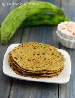 Karela Theplas, Diabetic Friendly recipe | Indian Diabetic Recipes | by Tarla Dalal | Tarladalal.com | #3494