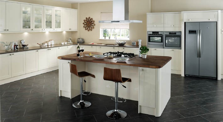 The Magnet Savannah Range. A truly distinctive design that's at ease in any setting. #affordable #kitchen #cream
