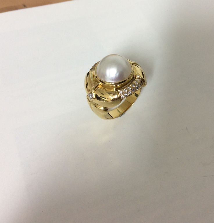 Gold, Diamond and Pearl Ring