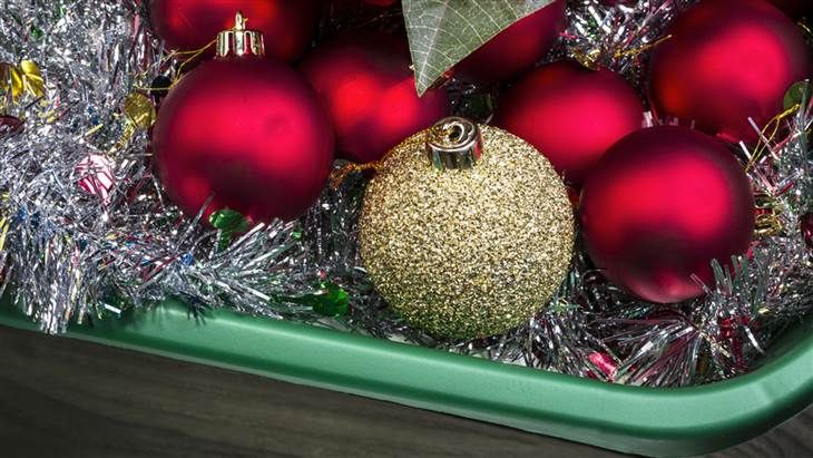 New Year's is behind us, and that means the time has come to pack up that holiday décor. Not to worry, you will pull it out again in 11...