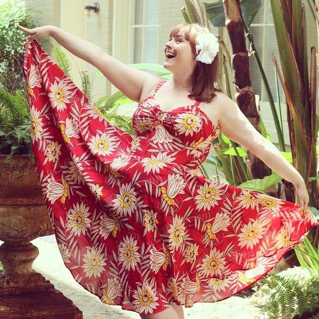Ashley models the new Red Waterlilies L'Amour Dress perfectly! #trashydivaredwaterlilies #trashydivalamourdress