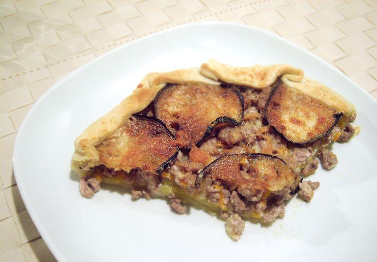 Torta rustica con melanzane e macinato