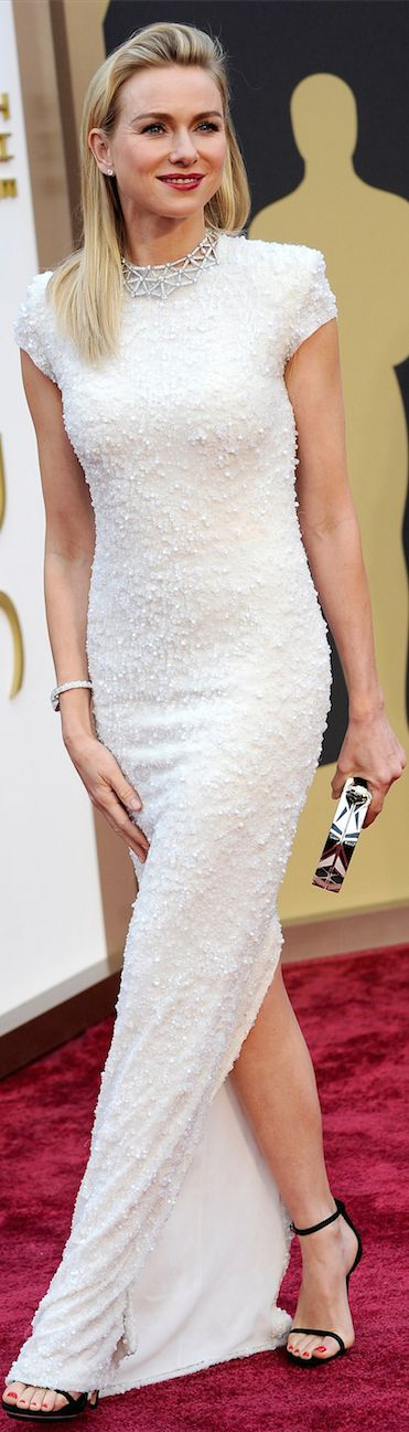 Naomi Watts in Calvin Klein - Oscar Award Winning Fashion 2014