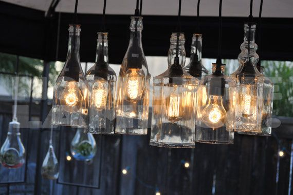 Nove-luce californiana lampadario bottiglia di MoonshineLamp