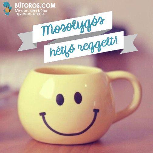 NAPOCSKÁS BÖGRÉBŐL MÉG A HÉTFŐI KÁVÉ IS JOBBAN ESIK!  Mosolygós hétfő reggel kívánunk Nektek! :-) #boldoghétfő #hétfőreggel