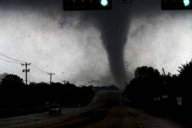 tornadoes and twitter, the DFW story