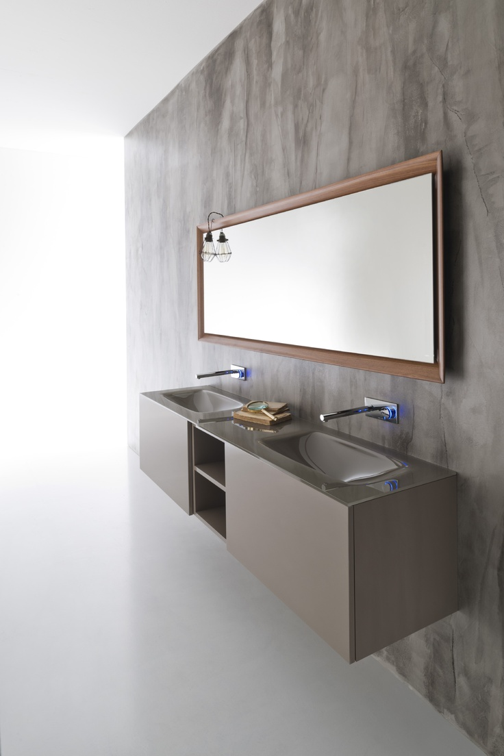 Via Veneto Collection by Falper. Polished clay glass top, polished clay lacquered furniture, internal drawers in walnut.
