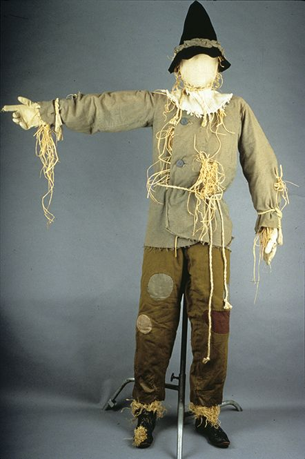 Scarecrow Costume, 1939 via @National Museum of American History, Smithsonian