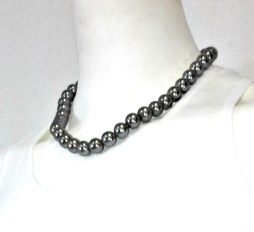 """Necklace is a Classic Set of """"""""Pearls"""""""". Pewter Grey."""