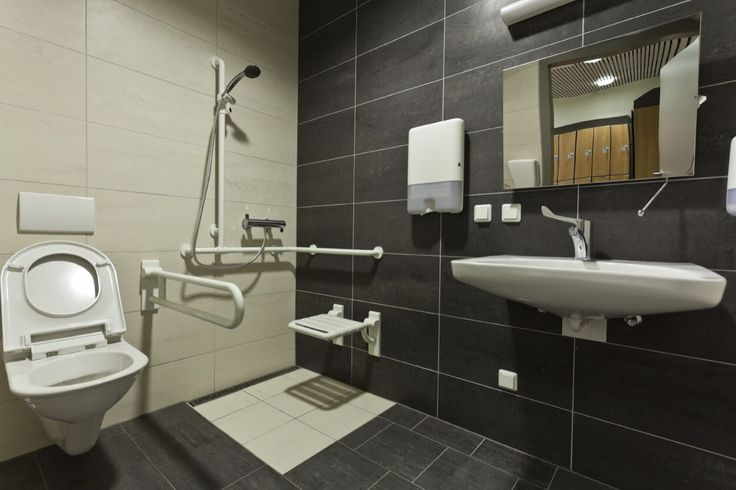 Open Shower With Seat And Removable Shower Head