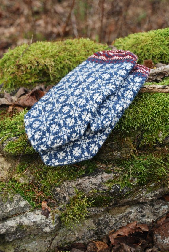 Estonian traditional mittens, knit mittens, pure wool mittens, blue mittens, winter accessories, christmas gift