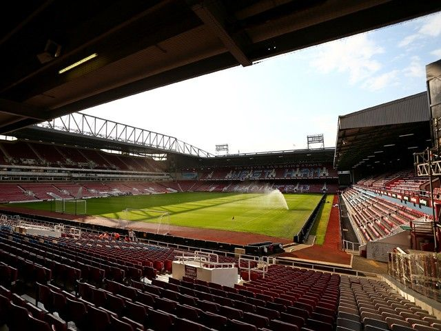 West Ham United plead with fans to not invade pitch at final Boleyn Ground game
