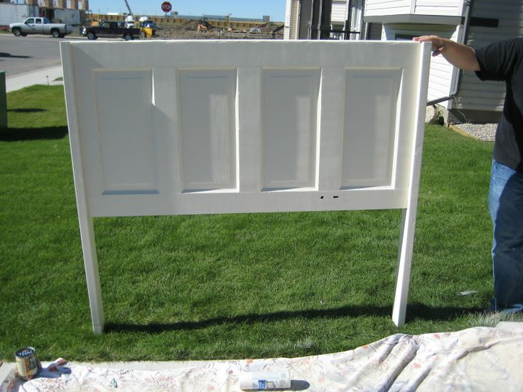 Vintage Door Headboard | Check it out, it actually looks like a headboard here! Just needs some ...