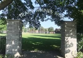 Trace Manes wading pool is a great spot for a family friendly day. In addition to the spacious wading pool, Trace Manes has a baseball diamond, tennis courts, a playground, and a Toronto Public Library. For travelling purposes, parking is available on Rumsey Drive or on the side streets