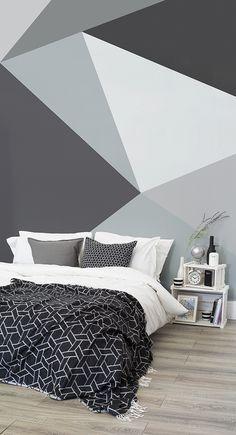 Essa retrata a possibilidade de fazer a parede atrás do sofá com pintura geométrica (em outras cores).