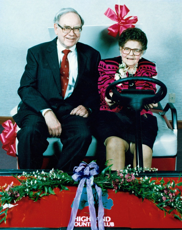 warren buffett rose blumkin sit together in golf cart before  warren buffett rose blumkin sit together in golf cart before their induction into the new omaha business hall of fame 4 7 1993 by the world h