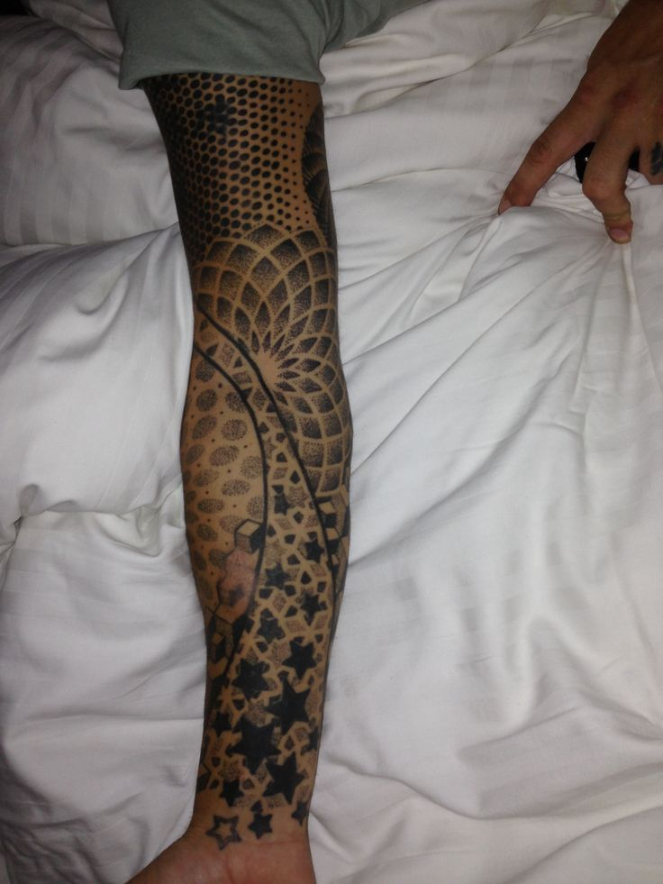 Tattoo sleeve -Dots