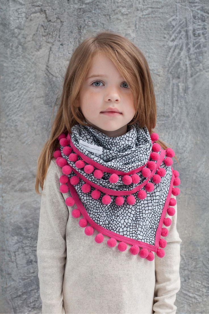 pompoms scarf www.nosweet.pl