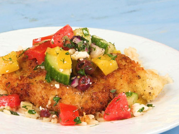 Golden-crispy panko fried chicken cutlets topped off with a vibrant Greek medley—what more could you ask for in a 20-minute meal? The...