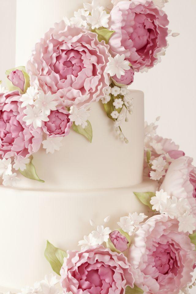 Peggy Porschen_Floral wedding cake collection: Fondant or Gum Paste Peony wedding cake