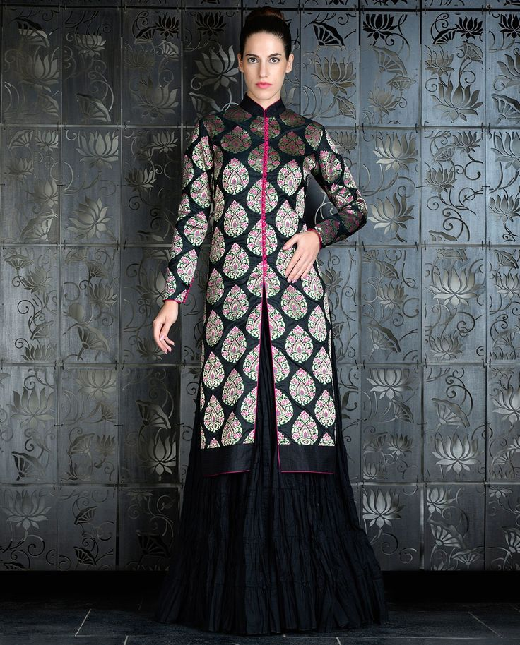 Black Brocade Jacket with Crinkled Lengha