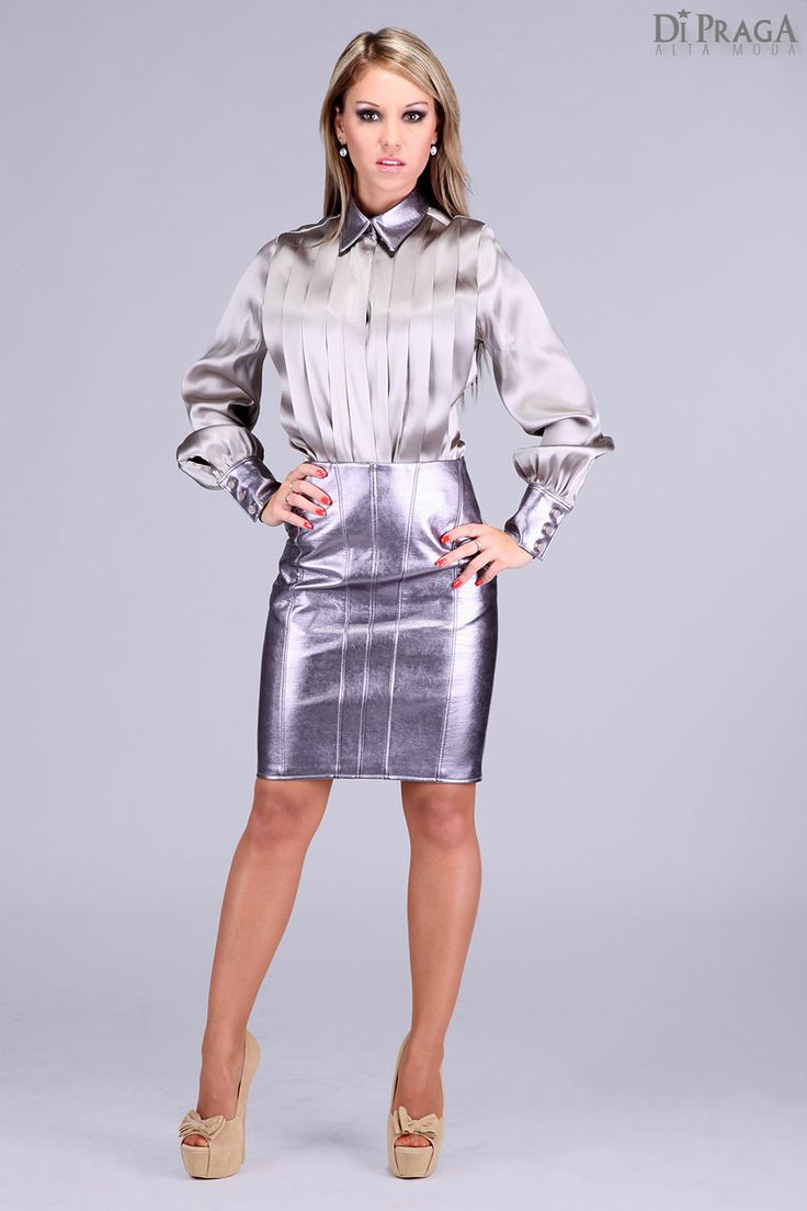 BB4 Satin Blouse with pleated front and skirt-related Collar and Cuffs (Leather Foils)
