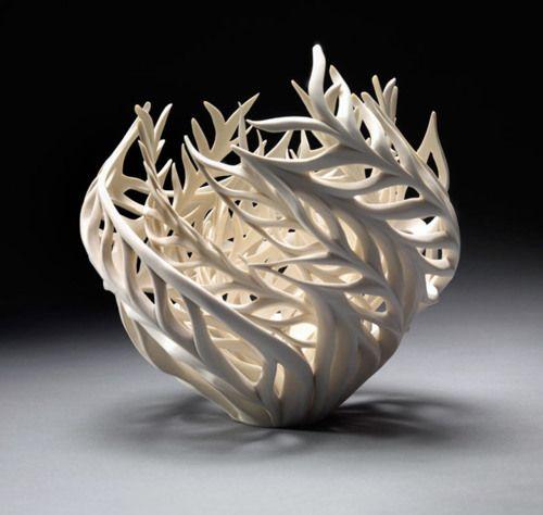 ceramic Sculptors of nature | Jennifer McCurdy • Ceramics Now - Contemporary ceramics magazine