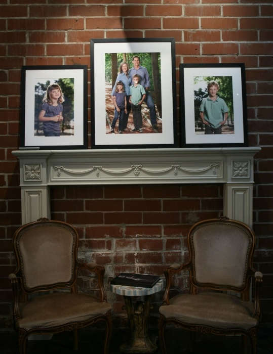 Unusual Way To Display Family Portraits. Part 92