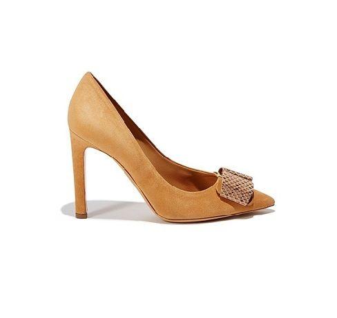 Kadın ayakkabıları için yeni sezon abiye ayakkabı modası ve kadın ayakkabısı trendleri sayfalarımızdan beğeninize sunulmaktadır. Kadın ayakkabı markaları koleksiyonlarında yer alan yeni sezon abiye ayakkabılar ve kadın ayakkabısı modelleri için sayfalarımızı inceleyebilirsiniz.