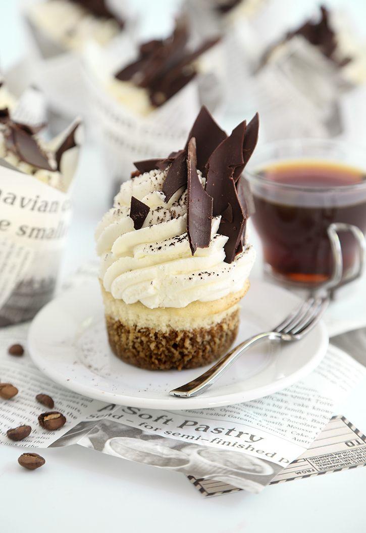 Tiramisu Cupcakes | sprinklebakes.com
