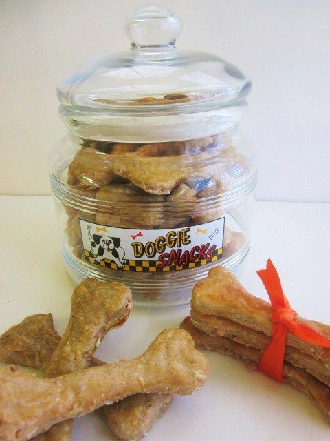 Homemade Dog Cookies, I made these for the girls just now. Super easy, all ingredients you have in your pantry. Let's see how they like them...