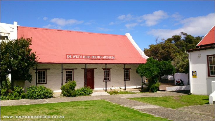 Visit The De Wet's Huis cottage at the Fishermen's Village houses a photographic exhibition of old Hermanus dating as far back as the beginning of the last century and includes many photos printed from glass negatives taken by the famous photographer T D Ravenscroft.