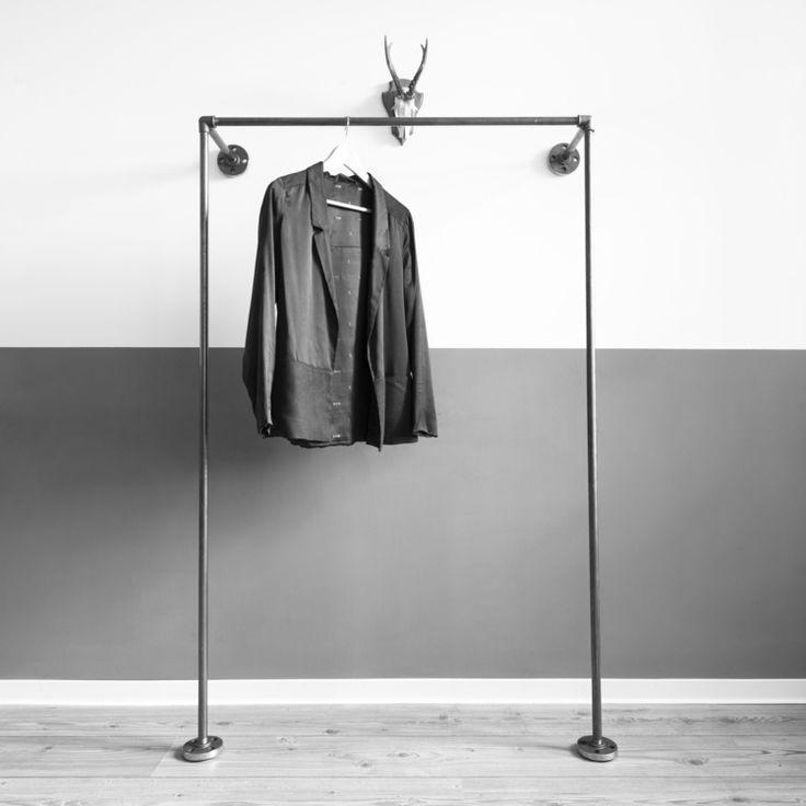 MODELLE - Kleiderbügel Kleiderstange Garderobe Kleiderständer Fleischerhaken offener Schrank — various.