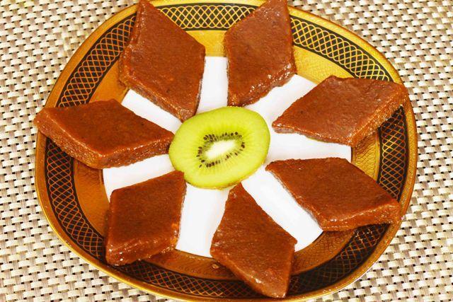 Kiwi Burfi Recipe Have you ever heard about khatti meethi burfi....try this #kiwi #burfi #khoya #Indiansweets #festiveseason #homemade Recipe at: www.annapurnaz.in