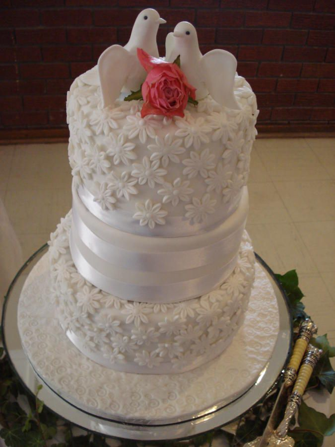Wedding cake for Nikita & Dawood - Cake by Catering with Elegance