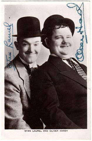 Laurel, Stan - Hardy, Oliver - Double Signed Photo! – Tamino Autographs