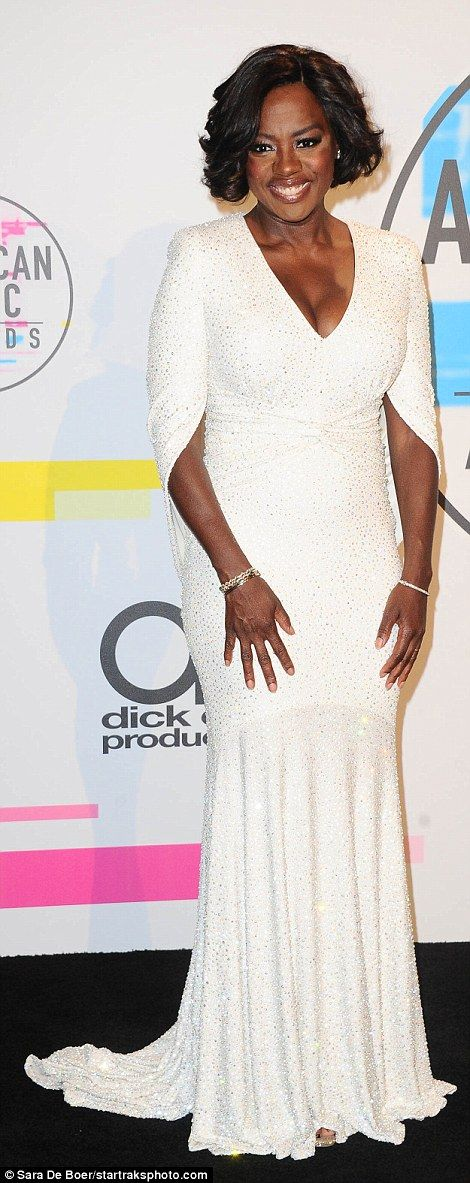 A vision: Viola Davis (l) and Keltie Knight (r) both chose white dress, although different styles