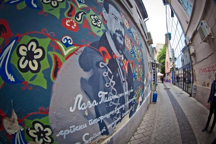 Fantastici murales tra le strade di Novi Sad