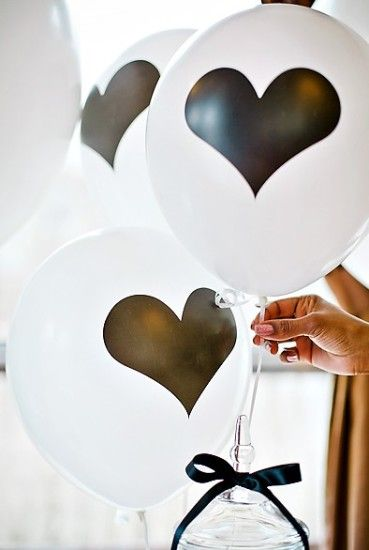 black-and-white-baby-shower-ideas-decorations-balloons