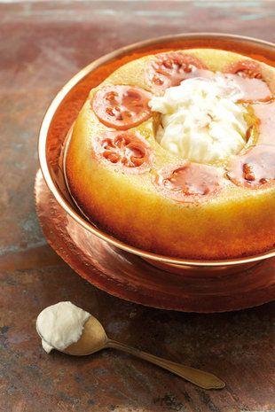 Koejawel-jogurt-koek | SARIE | Guava yogurt cake