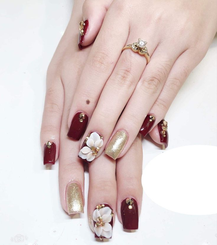Pin by Diana Sch on Gel painting nails | Flower nails