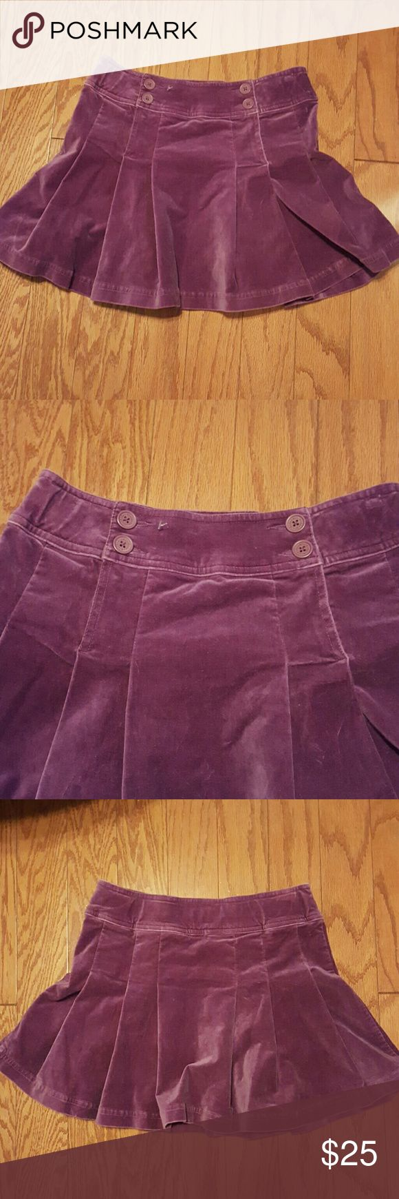 SALE!!🎉 BODEN VIOLET SUEDE SKIRT √Violet Suede Skirt √Size: 13-14Y √Top to Bottom: 15 √Waist Line: 14 (see the last picture) √Material: see the 5th picture √In good condition Boden Skirts Mini