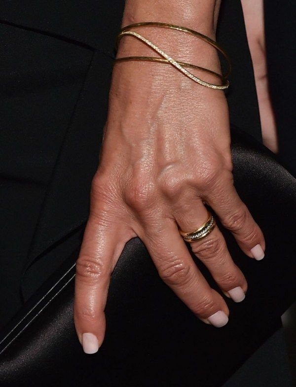 Jennifer Aniston's Wedding Ring Is A Must See - Fashion Style Mag