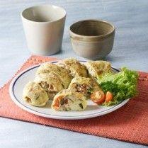 OMELET AYAM JAMUR http://www.sajiansedap.com/mobile/detail/15827/omelet-ayam-jamur