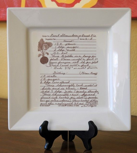 Family Recipe on a Platter Personalized with your Favorite Recipe by customsepia...what a great idea!