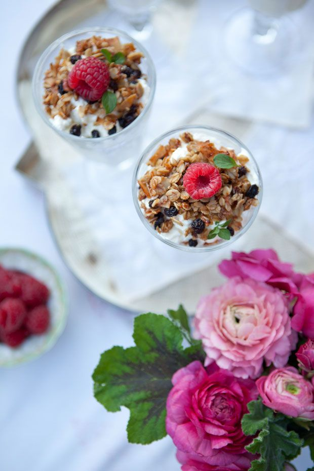 A yogurt parfait with granola is Very Nice. | 28 Breakfast In Bed Ideas To Make Your Mom's Day